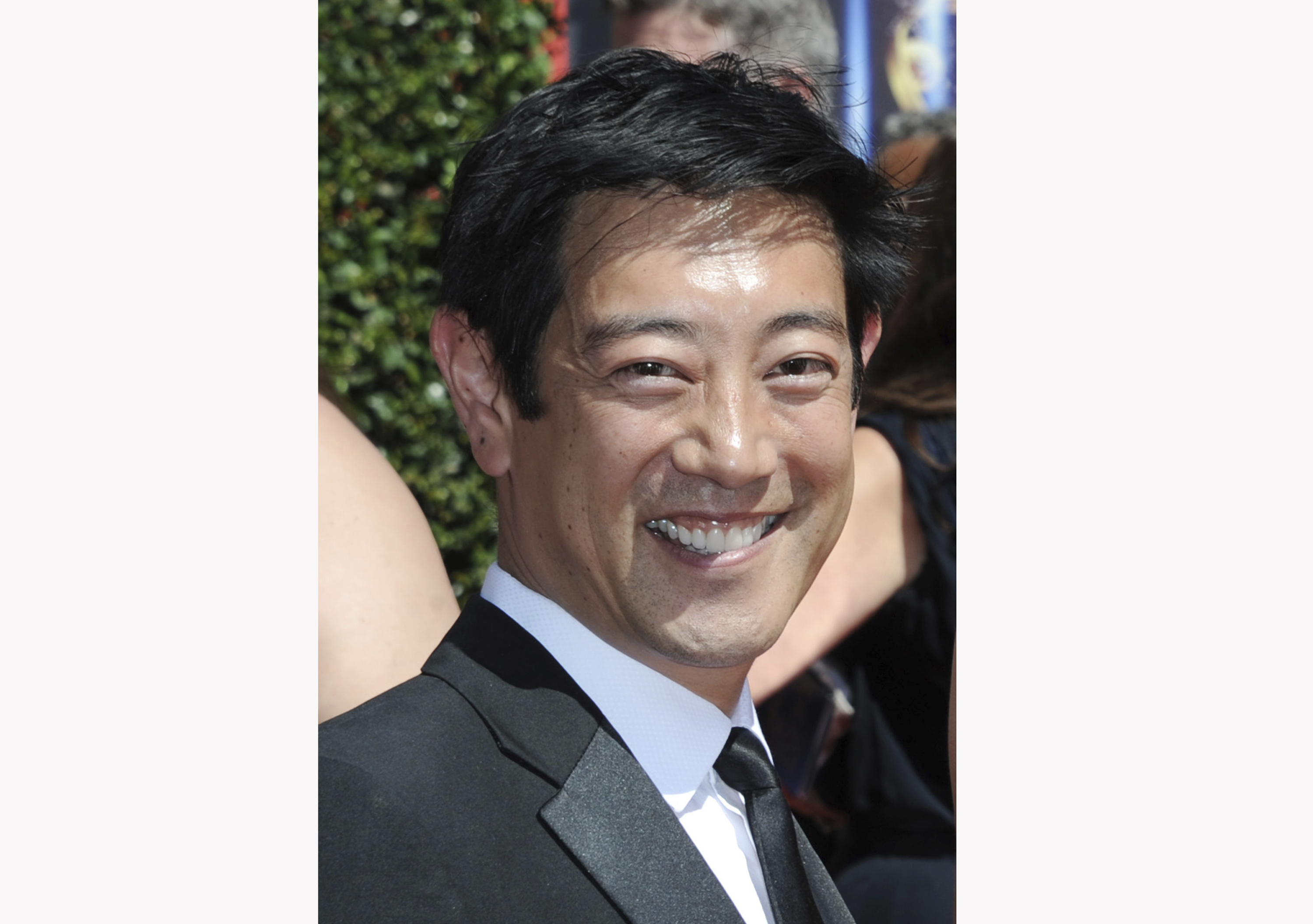 Grant Imahara Mythbusters Host And Electronics Extraordinaire Dies At 49