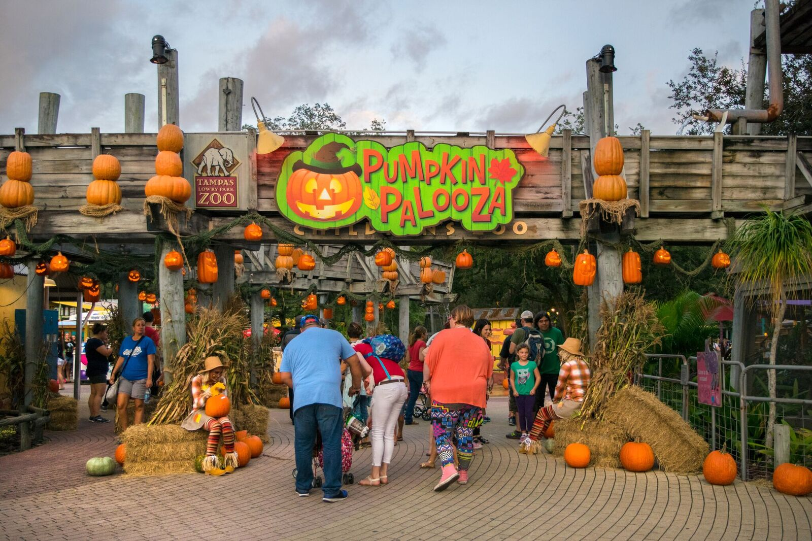 Halloween Tampa 2020 Largo Mall Tampa Bay Halloween parties, haunted houses and events this week