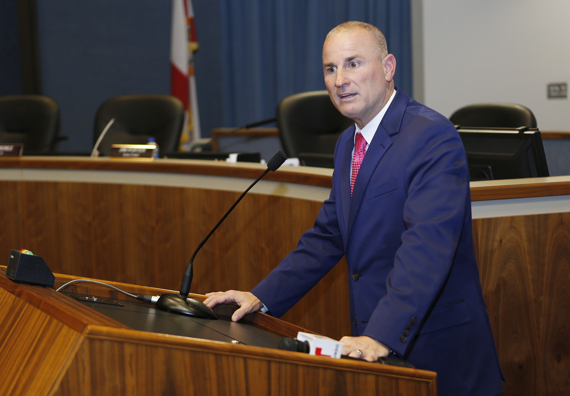 tampabay.com - Jeffrey S. Solochek - Hillsborough schools to require masks for students, staff
