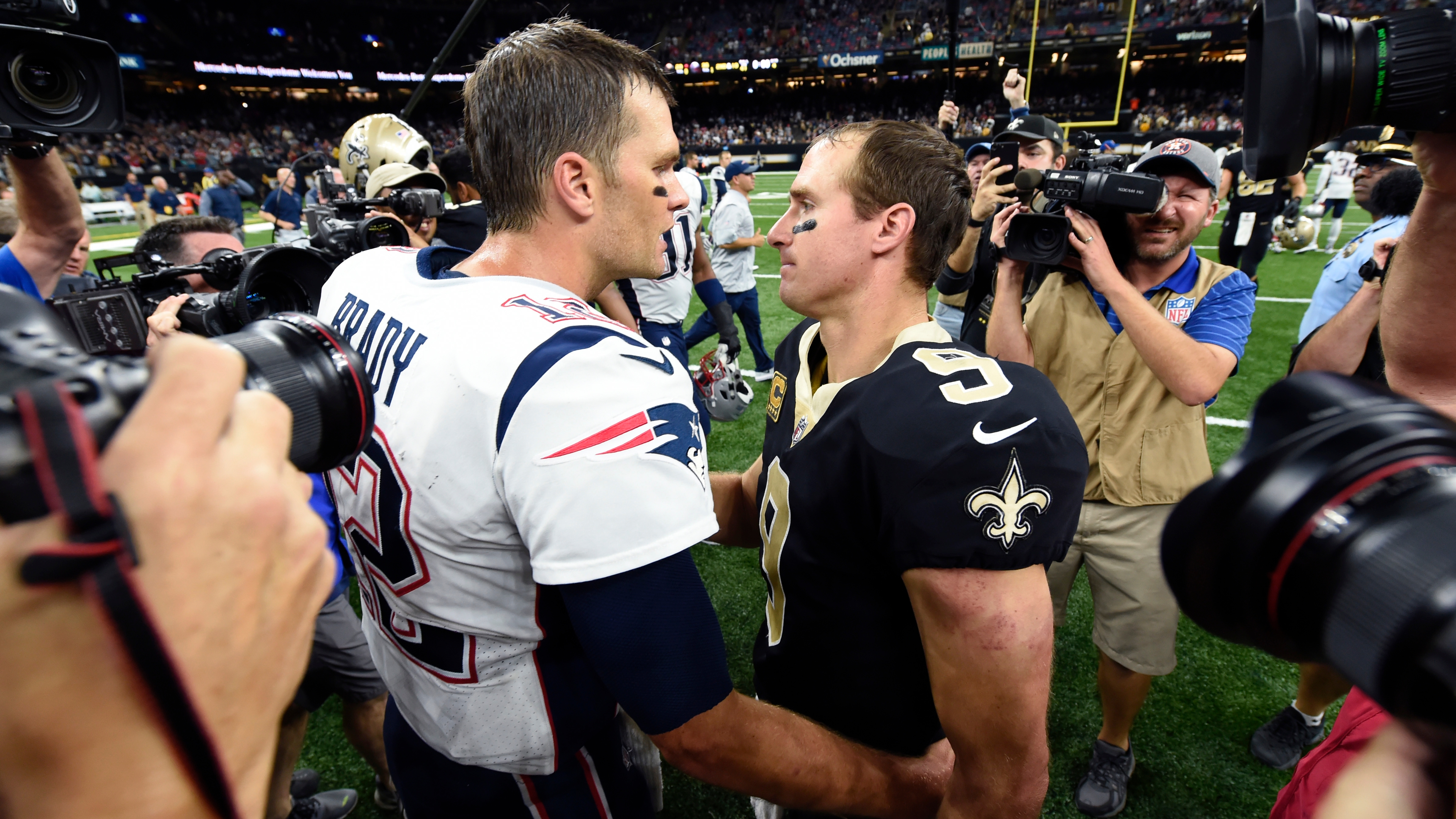 Tom Brady Vs Drew Brees A Quarterback Matchup For The Ageless
