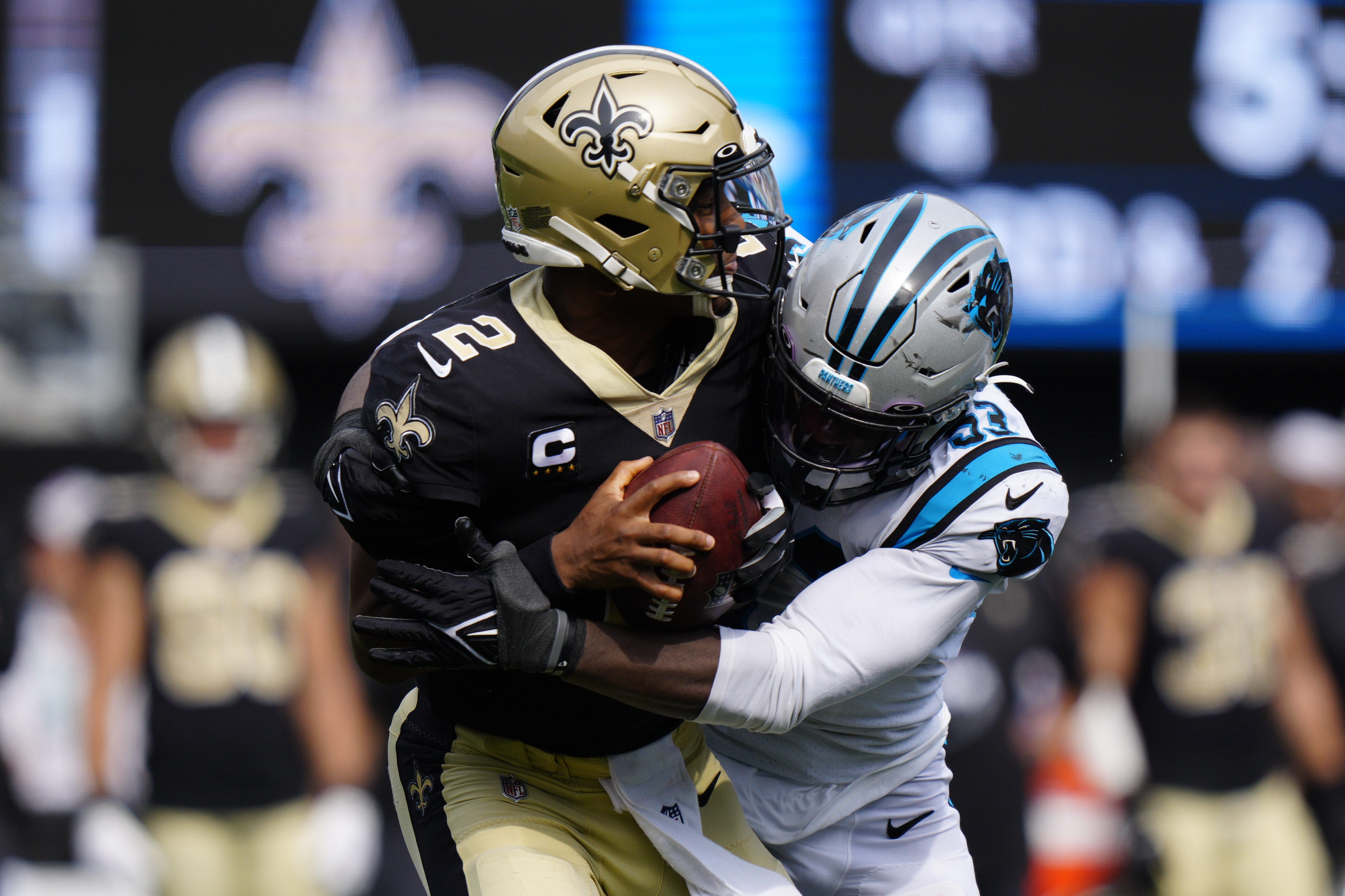 Jameis Winston, shorthanded Saints out of sync in loss to Panthers