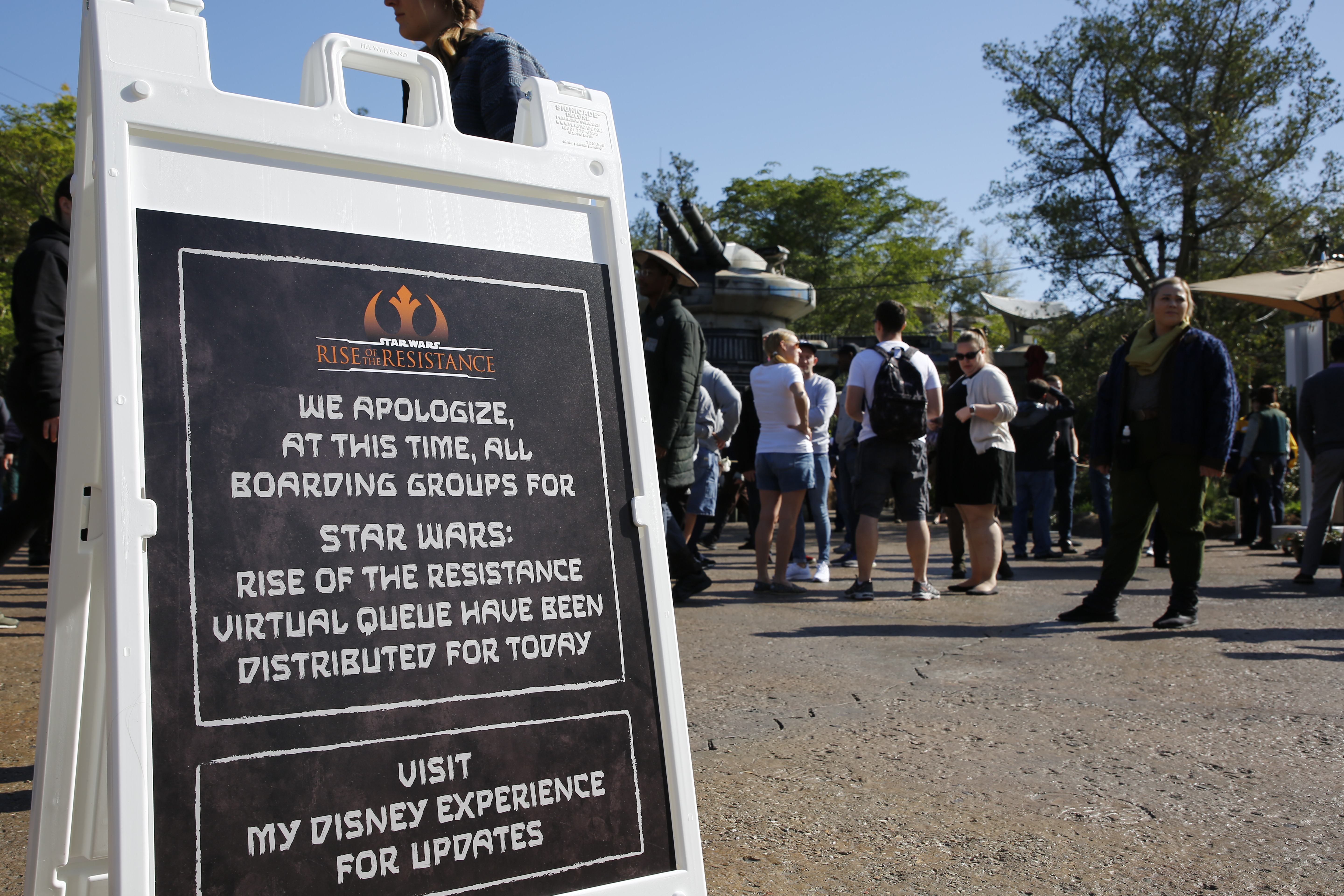 The Rise Of The Resistance Line Closed Before The Park Was Supposed To Be Open