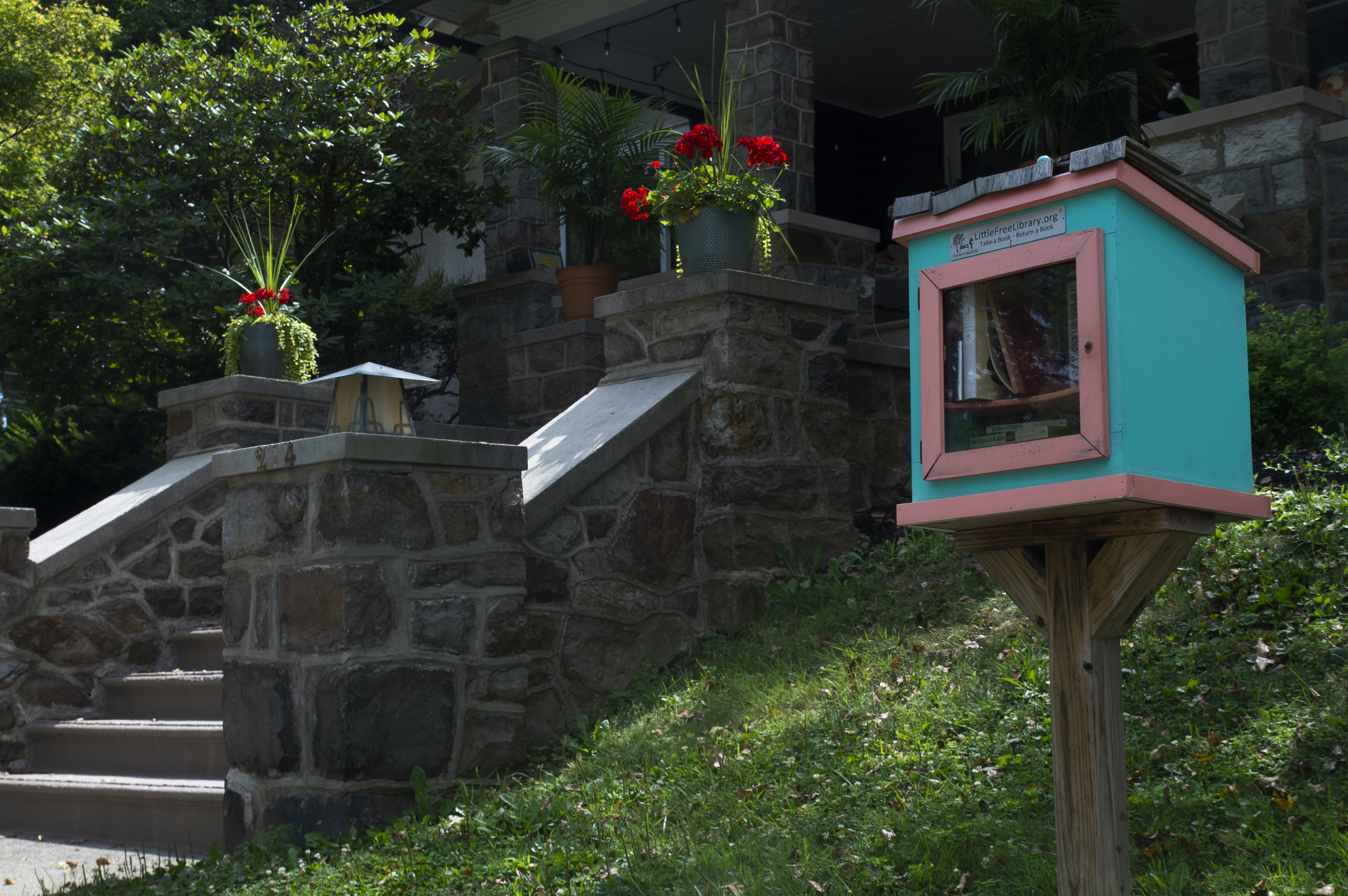 Find A Little Free Library Kiosk Near You The Morning Call