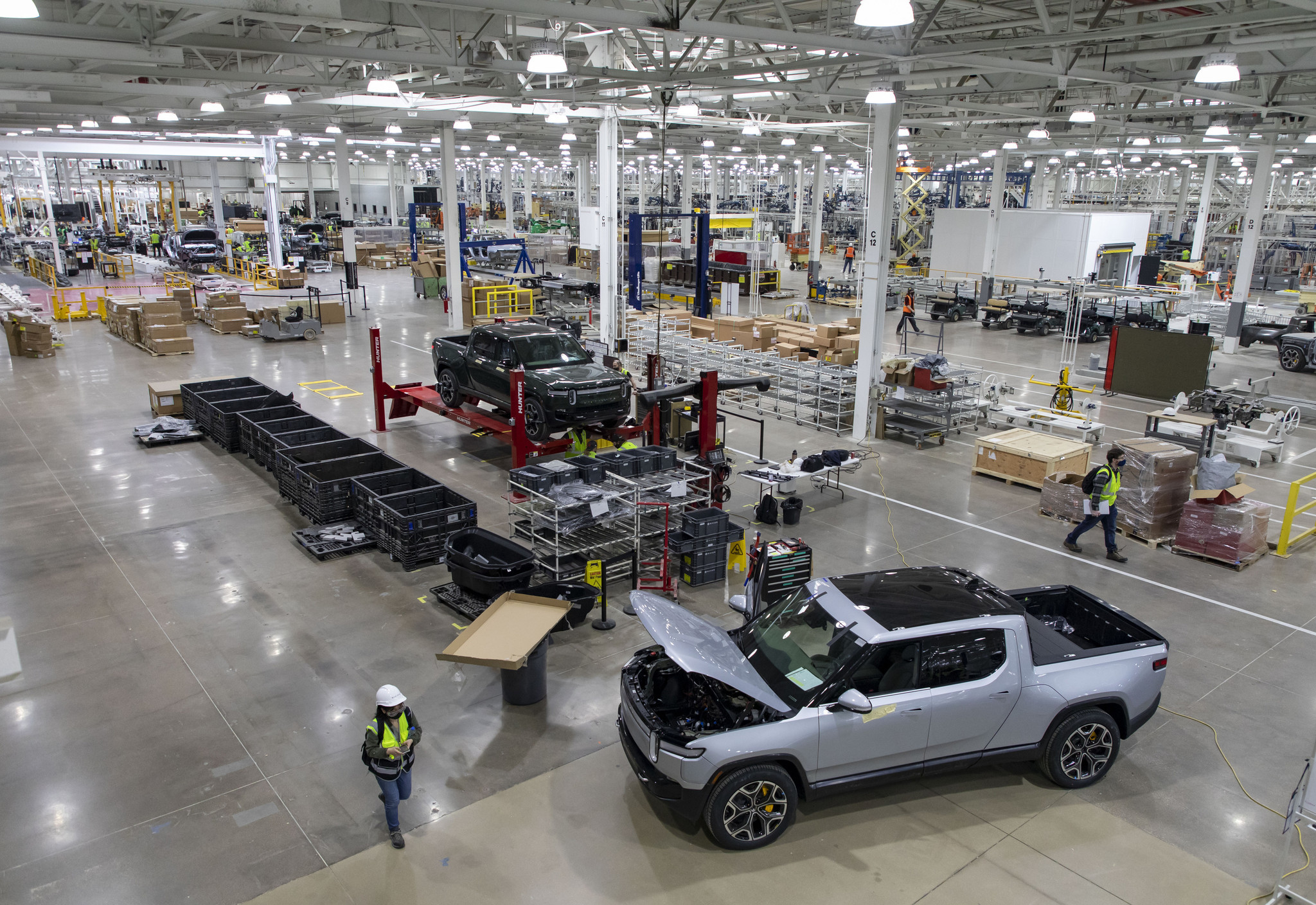 Rivian plant in downstate Normal gears up for June launch - Chicago Tribune