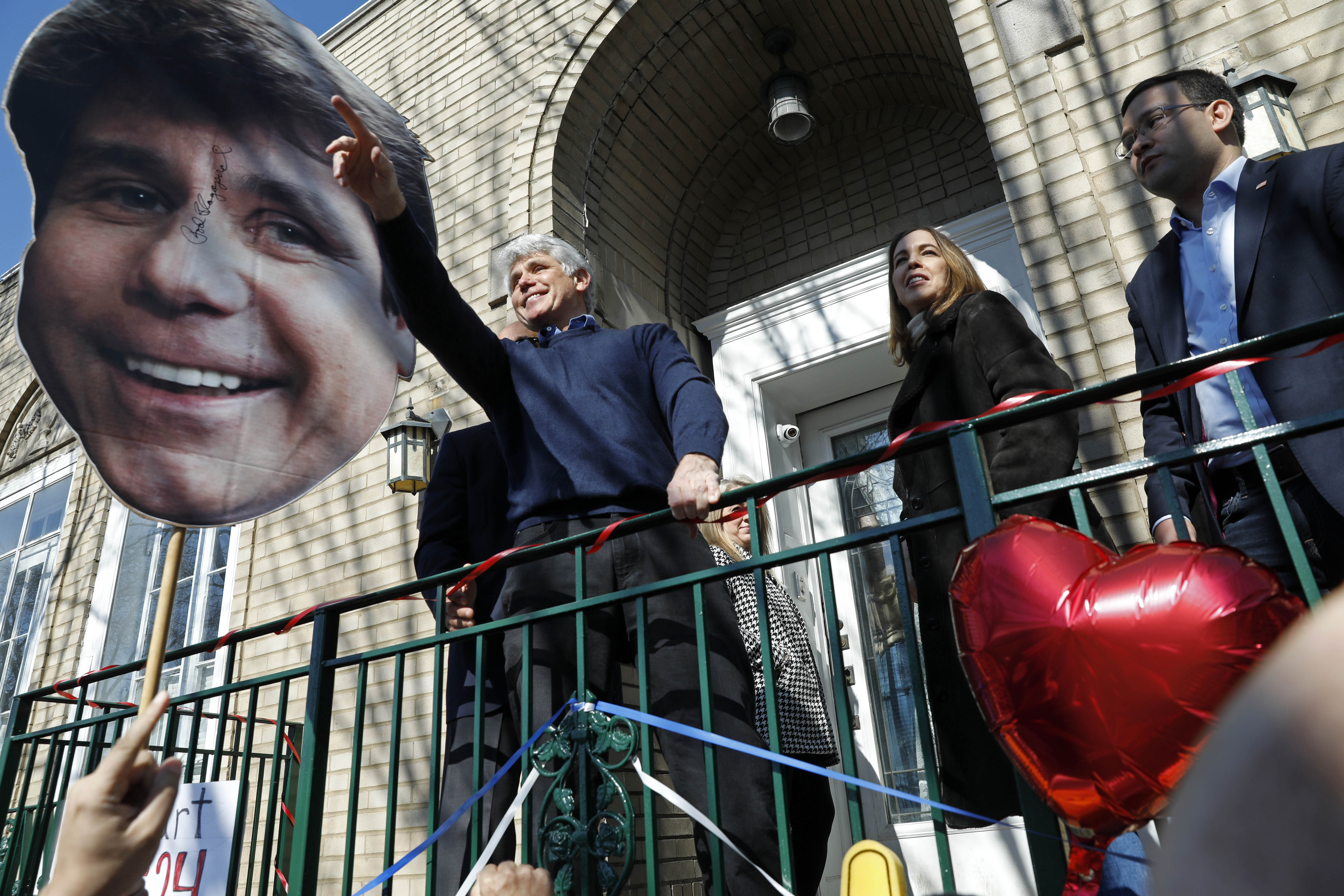 Convicted Ex Gov Rod Blagojevich Officially Disbarred Chicago Tribune