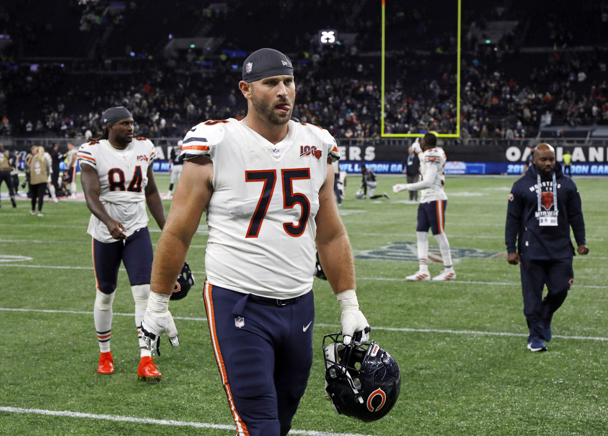 Chicago Bears' Kyle Long sees stellar run come to sudden end ...